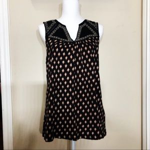 Lucky Brand Black Sleeveless Embroidered Top   B19